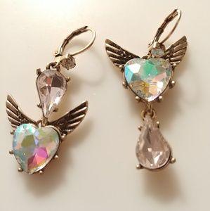 🌈💗Betsey Johnson Mismatch Winged Hearts Earrings